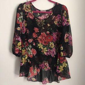Floral printed blouse medium